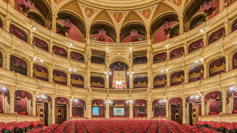 hungardian-state-opera-house